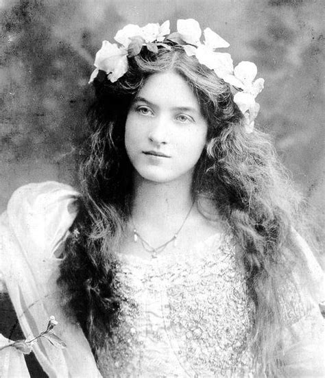 historical hairstyles 55 best images about historical hairstyles for women on