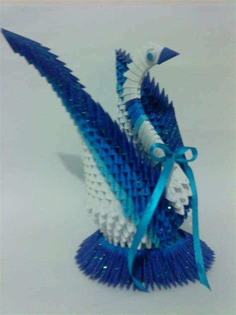 Origami Quill Pen - 103 best images about 3d origami on peacocks