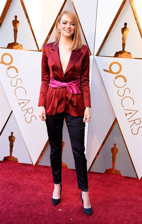 emma stone the favourite our favorite looks from emma stone s latest louis vuitton