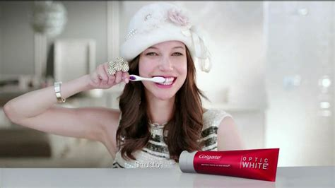 colgate commercial actress who is actress in hd toothpaste commercial autos post
