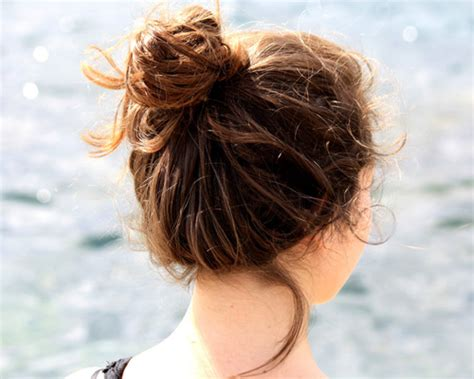 easy messy buns for shoulder length hair 30 sexy updos for shoulder length hair creativefan