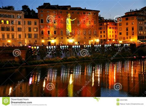 libro time out florence city florence city by night italy editorial image image 20047885