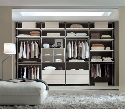 Wardrobe Systems Uk by Sliding Wardrobes With Shelves