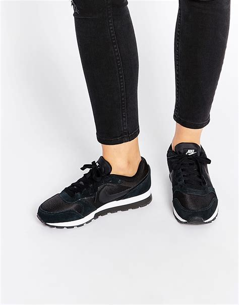 nike nike md runner 2 black white trainers at asos