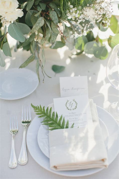 Creative Wedding Ideas for Table Napkins   MODwedding