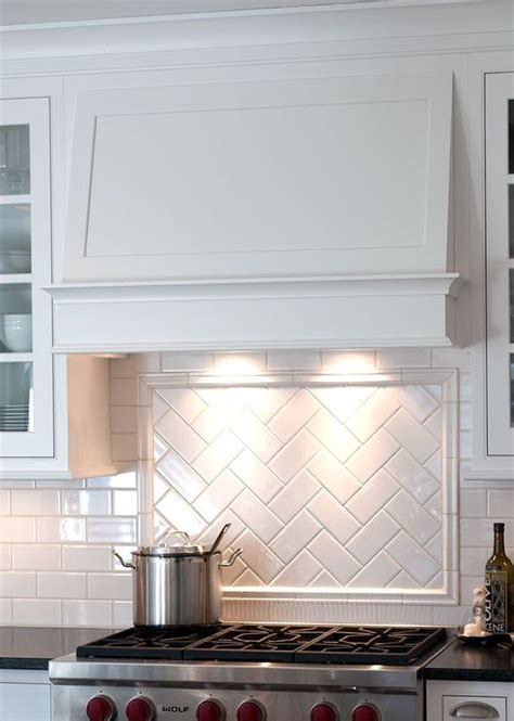 tile borders for kitchen backsplash herringbone tile design w border rangehood pinterest