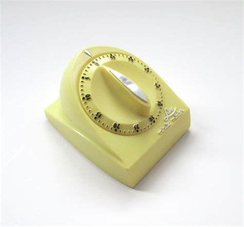 Vintage Kitchen Timer by Vintage Kitchen Timer Minute Minder Yellow Timer