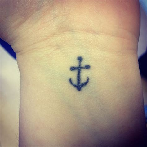 66 attractive anchor wrist tattoos design