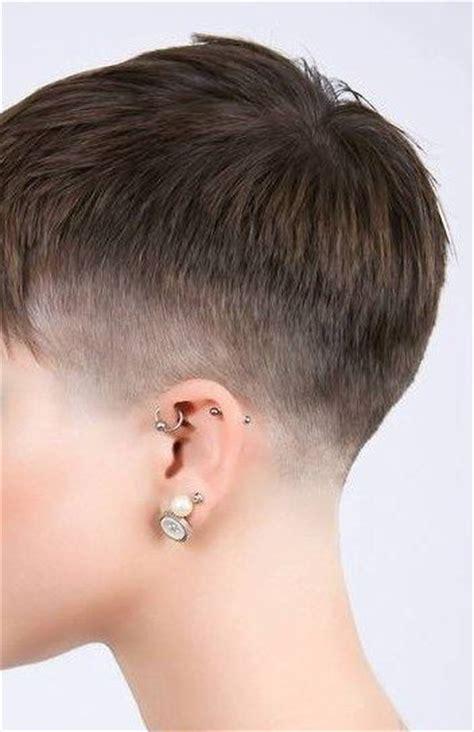 is a pixie haircut cut on the diagonal 35 best pixie images on pinterest pixies short
