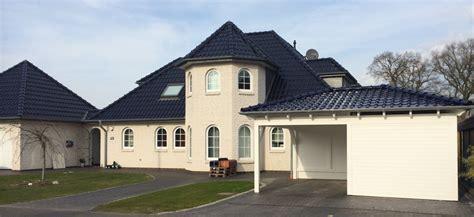 stellplatz vor garage baurecht carport mit ger 228 teraum solarterrassen carportwerk gmbh