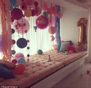 Home Decor Uk Online bec judd s daughter billie lavished with first birthday