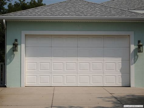 photo gallery of residential and commercial garage doors