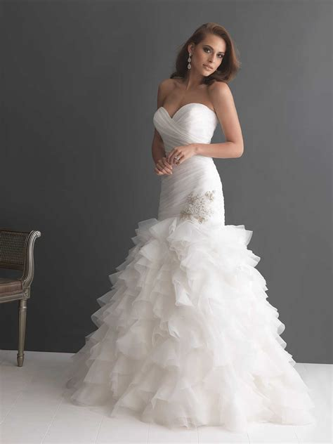 6 Gorgeous Strapless Wedding Gowns by 214 Most Fashionable Strapless Mermaid