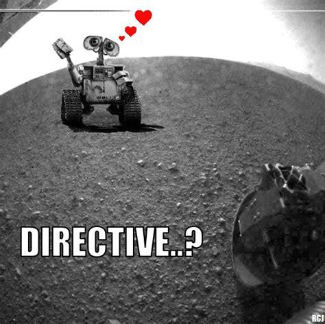 E Memes - wall e meets curiosity know your meme