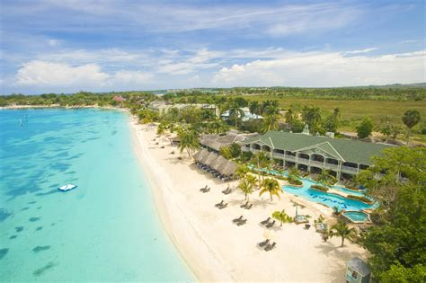 sandals punta cana rock hotel punta cana opulence with an edge brides