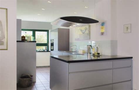küche mit speisekammer raumteiler offene k 252 che bestseller shop f 252 r m 246 bel und