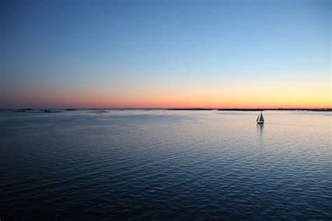 lejos en el mar sailandtrip