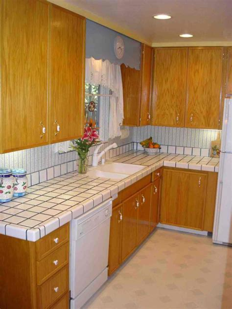 kitchen tile countertops 20 pictures of simple tile kitchen countertops home decoz