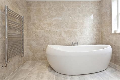 comfortable bathtubs numerous small bathtub ideas that are luxuriously comfortable