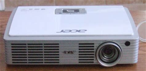 Proyektor Acer K330 acer k330 projector physical tour projector reviews