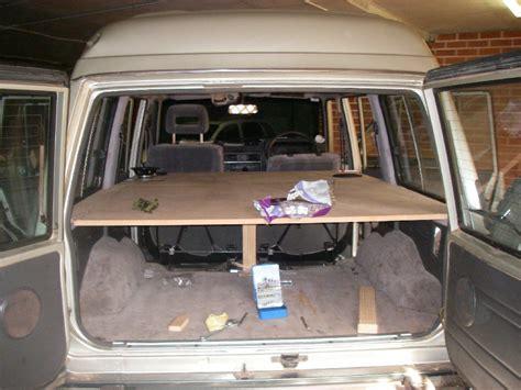 auto zum schlafen auto ausbauen