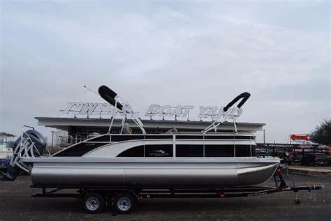 bennington pontoon boats texas bennington boats for sale in waco texas