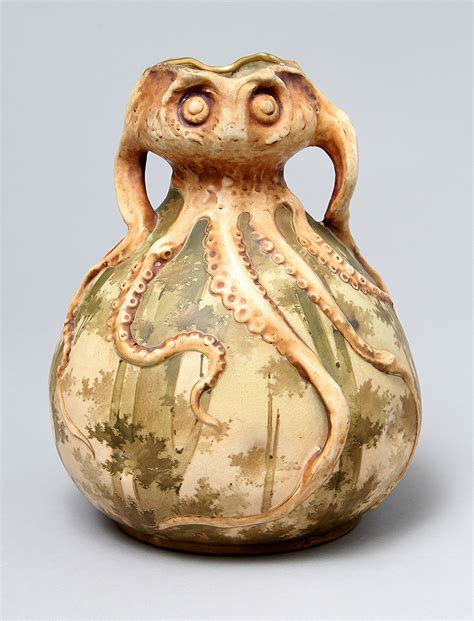 Octopus Vase by Chasenantiques European Ceramics Hora