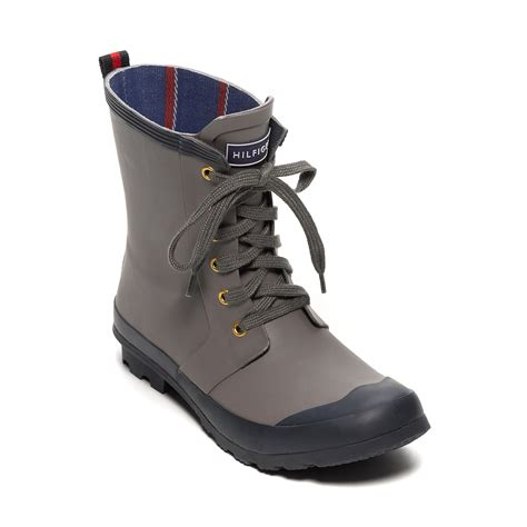 hilfiger snow boots hilfiger colorblock snow boot in blue