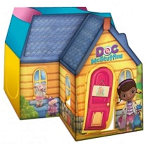 doc mcstuffins outdoor playhouse amazon com playhut doc mcstuffins deluxe cottage toys