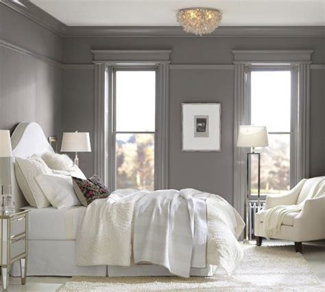 i like the picture rail molding in this pottery barn master bedroom photo the capiz floral