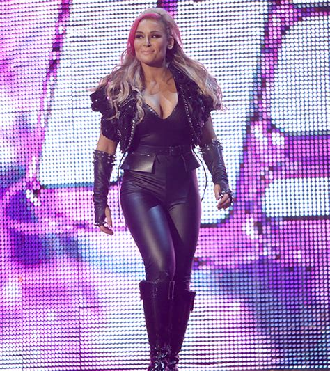 natalya neidhart single wwe smackdown results naomi s chase towards the title