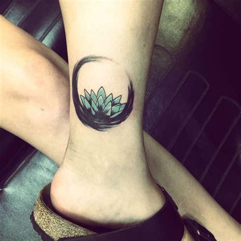 lotus enso tattoo 94 best lotus tattoo images on pinterest lotus tat