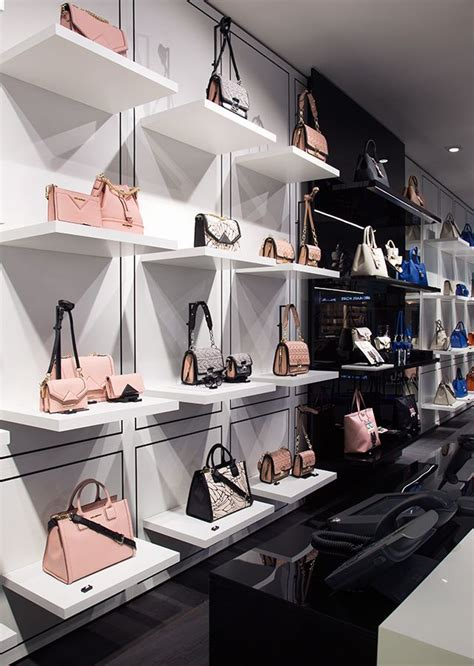Purse Store best 25 bag display ideas on interior