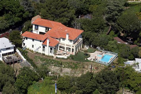 five hollywood celebrity houses to inspire us celebrity homes zimbio