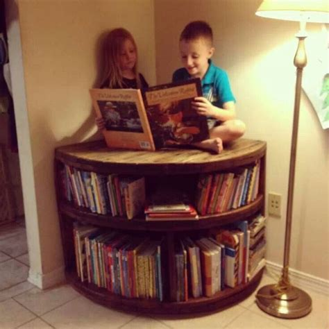 spool bookcase decorating ideas