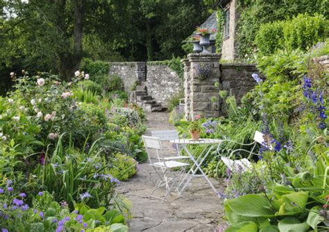 Gardening For Small Spaces - federation house great federation gardens