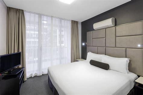 modern bedroom suites 2 bedroom modern suite zetland meriton suites