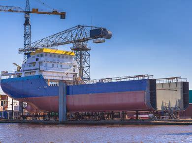 offerte lavoro la spezia porto settore navale la cura dello yacht