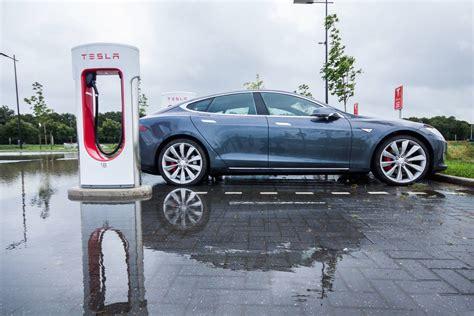 Tesla Car Charge Time 2016 Tesla Model S P85d Review Gtspirit