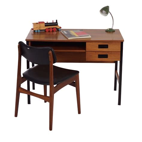 Small Retro Desk Vintage Small Vintage Teak Desk In The Style Of Pastoe 1960s Ztijl