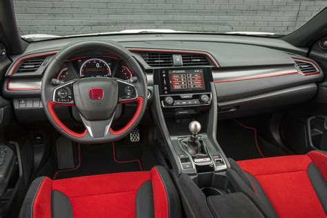 New Honda Civic Type R Interior by The Honda Civic Type R On Sale Now Priced At 34 775