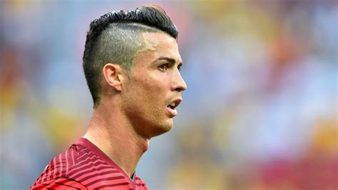 Christiano Also Search For New Cristiano Ronaldo 2014 Hairstyle Models Picture