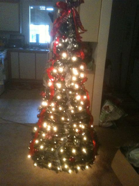 pre lit 6ft christmas tree review and giveaway holiday
