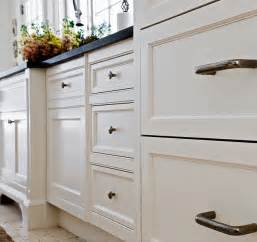 Benjamin Moore Kitchen Cabinet Paint Colors by Benjamin Moore White Dove Oc 17