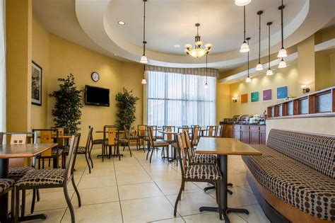 comfort suites barstow comfort suites barstow in barstow hotel rates reviews