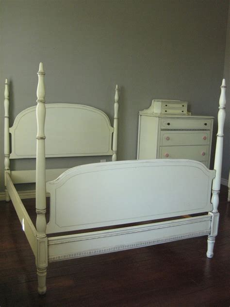 Paint Finish For Bedroom by European Paint Finishes Antique White Bedroom Set