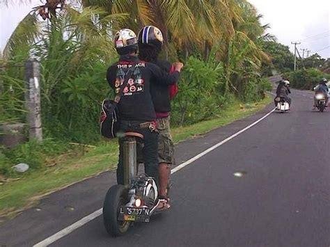 foto foto  mad max khas indonesia good news