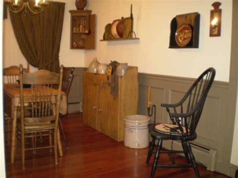 a primitive place primitive colonial inspired dining rooms colonial style decorating