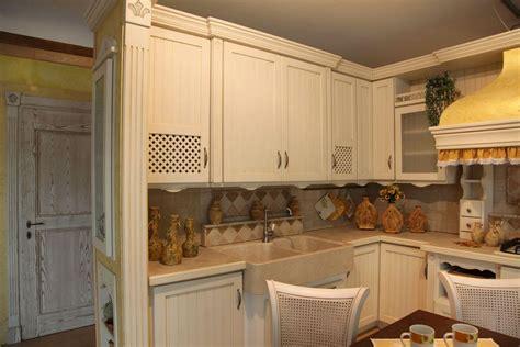 secchiaio cucina cucina country fresia contado roberto cucine e
