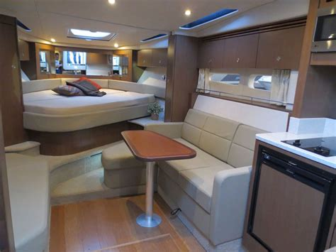 sea ray boat interiors sea ray 510 sundancer let it shine 171 yachtworld uk